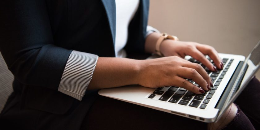 Should Your Small Business Blog? 5 Questions to Ask First